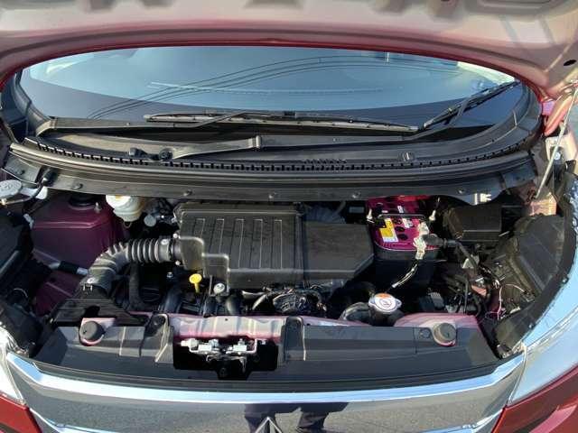 エンジンオイル・フィルター、ワイパーゴムは納車前に新品に交換いたします。三菱自動車専属のサービススタッフがしっかりメンテナンスを行わせて頂きます。
