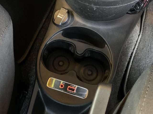★アバルト 595 フロア5速MT 1.4L 入庫です!●キセノンライト!●SPORTモード!●SPORTブーストメーター!●液晶メーター!●バックソナー!●Bluetoothオーディオ!