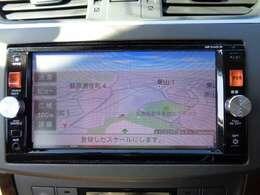 通信ユニット内蔵の日産純正メモリーナビ(MP314D-W)装備、スマホアプリとの連携で目的地設定などが簡単。i-PodやUSB接続・DVD再生・CD録音機能などAV機能も充実です。
