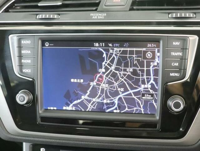 ★みんなのドライブをもっと楽しく演出してくれるインフォメントシステムDiscoverProです。ナビゲーションシステム、オーディオ&ビジュアル、車両に関する情報など集約し、すべての操作を8インチ大型タ