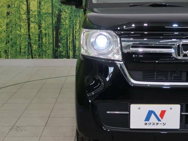 お洒落なLEDヘッドライト装着車!より明るく、より安全に、よりかっこよく夜道をドライブできます!