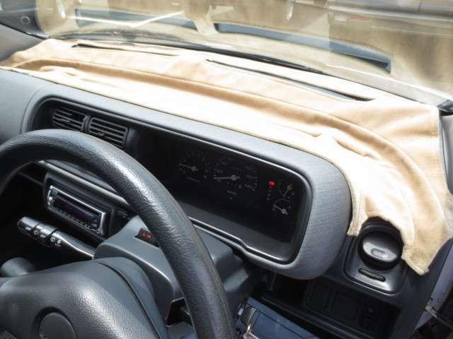 DASHMAT社製 TODAY専用ダッシュマット♪ 今では製造していないダッシュマット 古い車のダッシュボードの割れを守るために必須です♪