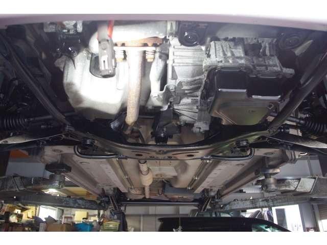 Aプラン画像:車検整備時は、下回りの洗浄と錆の進行を抑える防錆ブラック塗装も行います!!
