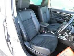 フロントシートはシートヒーター付きです。