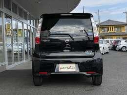 縦型のテールレンズが後続車にも分かりやすいデザインです