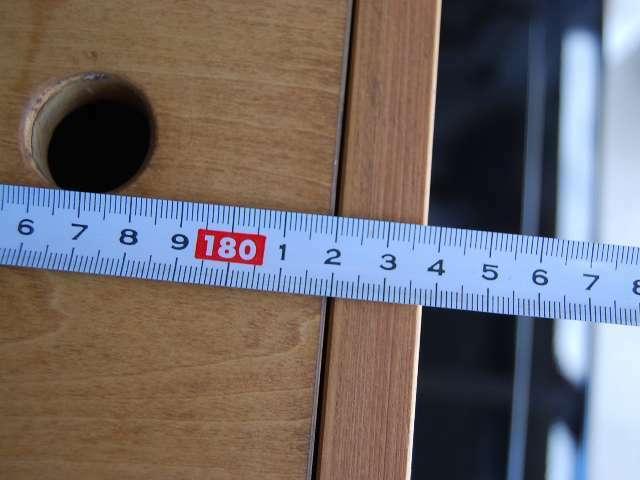 ベットキットの全長は183cmで十分な長さはございます。