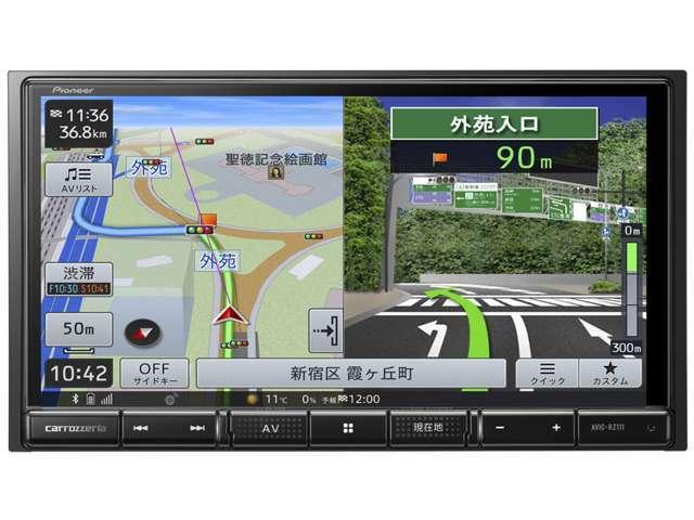 Bプラン画像:7V型HDパネルを搭載した2D(180mm)AV一体型メモリーナビゲーション。Bluetooth Audio、USBメモリー、iPhone/iPodなどのデバイスとの接続に対応。