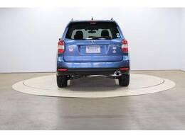 スバルの設計思想は1m以上の障害物は運転席に座って容易に確認できる構造です。これをゼロ次安全と言います。