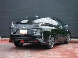 GR(ジー・アール)とは、トヨタ自動車が2017年から展開しているスポーツカー、およびモータースポーツのブランドです。個性あるエクステリアやインテリアが特徴です。