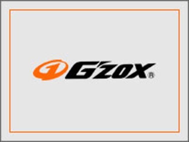 Bプラン画像:G'ZOXの特長は、ガラス系コーティングでありながら強力な撥水性能を併せ持つ点です。