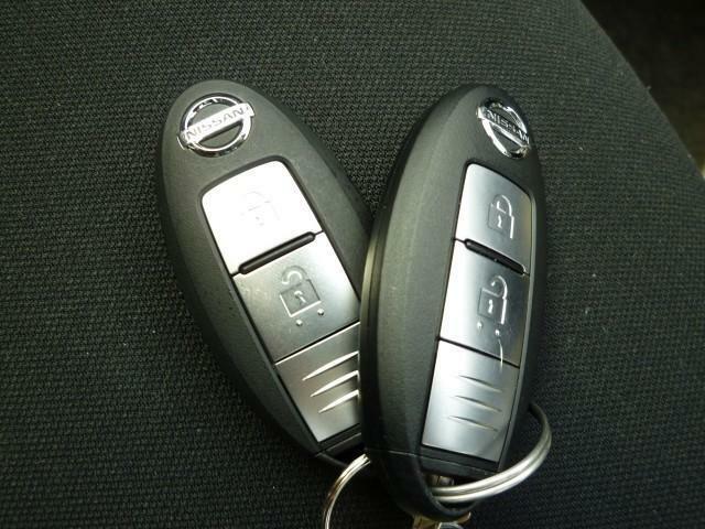インテリジェントキーなのでポケットでもカバンの中からでも鍵を開けることができます