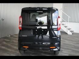 届出済未使用車・アラウンドビューモニター・エマージェンシーブレーキ・ハンズフリーオートスライドドア・車検逸脱警報・標識検知機能付きです。