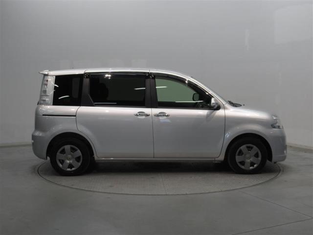 右側サイド(運転席側)当社のU-CARは展示前にまるまるクリンで洗車&磨き上げを行っております!!