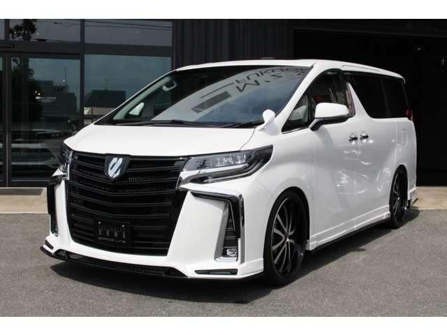 当社は新車ベースに新品のエアロ・ローダウンでカスタムしたコンプリートカーを販売しています。新車なので、ボディーカラー・メーカーオプション等の変更も可能です。