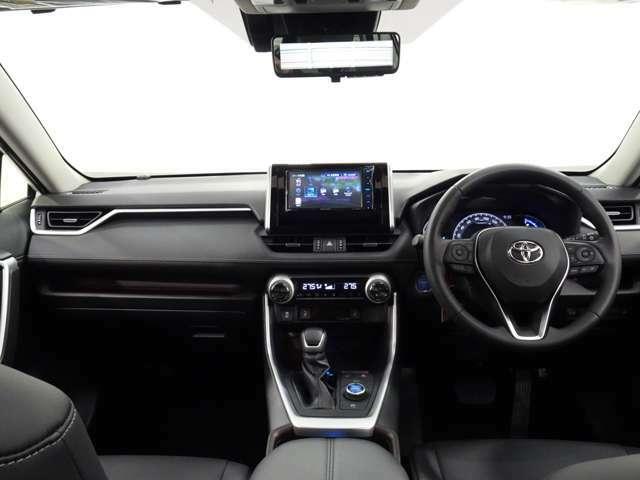 運転席からのアイポイントも視界良好な位置なので、老若男女問わず運転しやすいです(^^♪