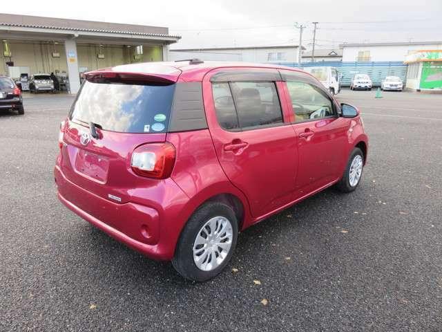 お車の価格には自信あり!!高品質で低料金になるよう、金額もお安くつけております。