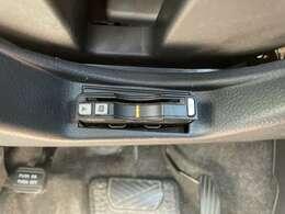 中古車のにおいや汚れが気になるという方安心下さい!当店では納車前に内外装全て洗車・室内クリーニングしてから納車しております!