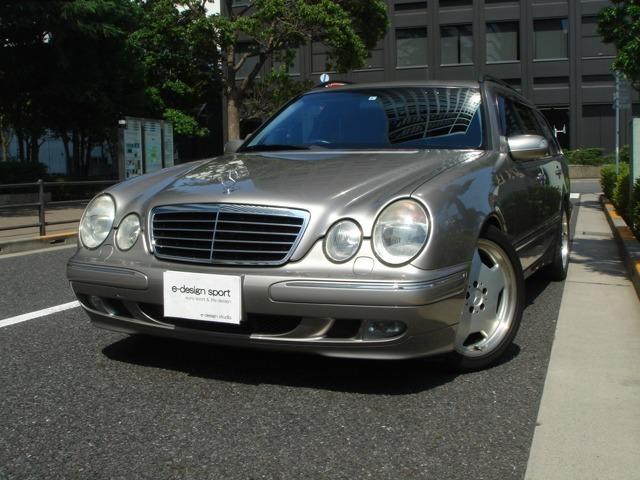 2003年E320ステーションワゴン販売開始です。18AMGAWと珍しいキューバナイトシルバーが特徴です。