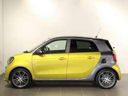 シティドライブ用アーバンスポーツカーとして注目の車です。