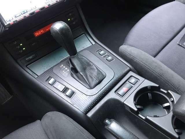 住所は「茨城県つくば市大角豆(ささぎ) 2012-412」になります。くれぐれも運転にはご注意し、ご来店ください☆