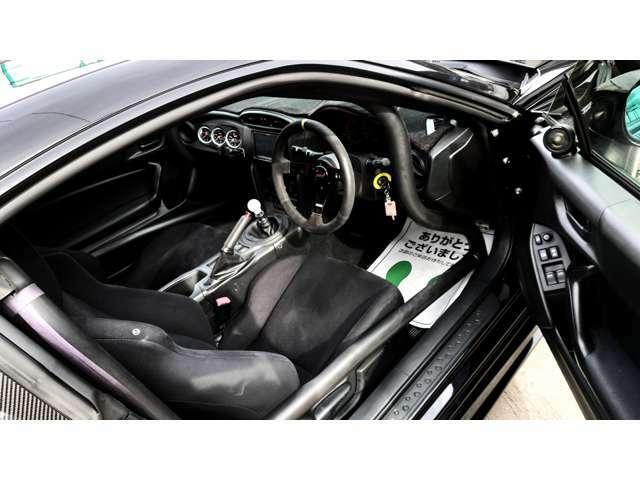 リアウイング SSRリム深ホイール TRD タワーバー TRD車高調キットフルタップ ドアミラーウインカー 社外ステアリング ロールバー 3連メーター ナビTV ブルートゥース デジタルインナーミラー