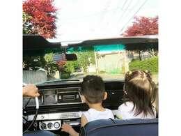 フロントベンチシートで三人乗れちゃいます!子供と彼女とドライブ!
