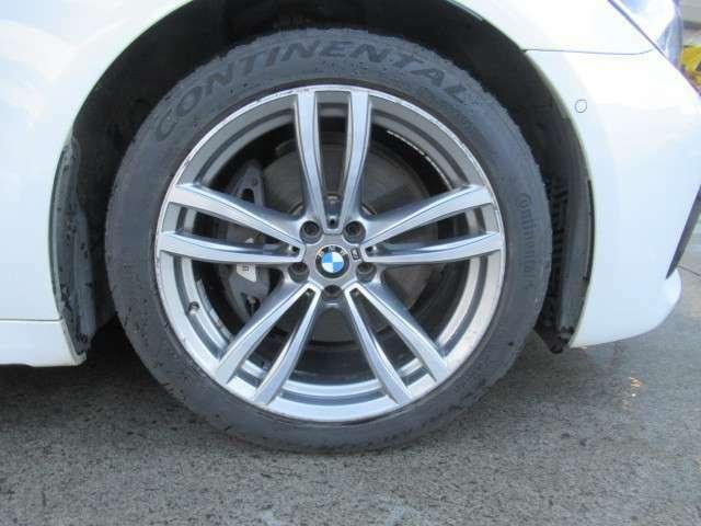 純正19インチアルミホイール 各種タイヤのご相談も承ります。