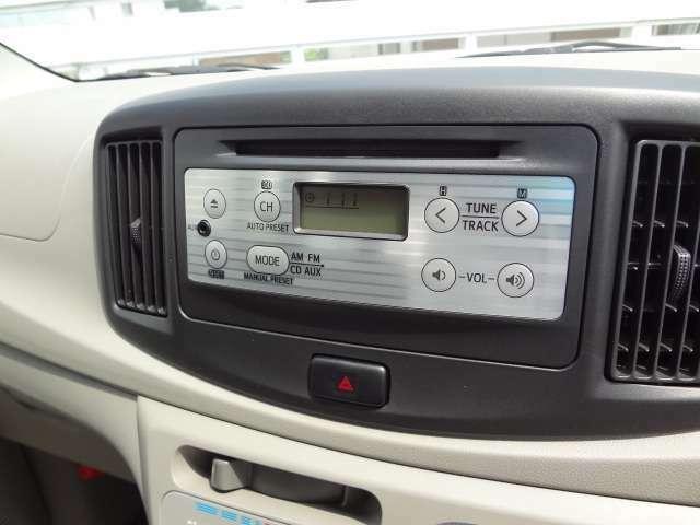 純正CDオーディオで運転も楽しくなりそうです♪♪