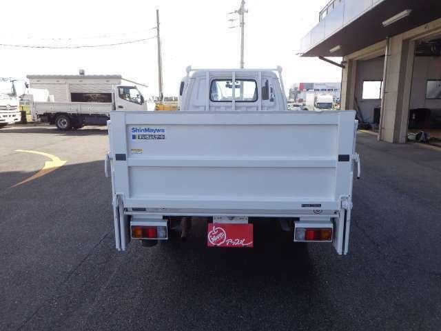 積載800kg 車両総重量2310kg