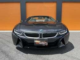 BMW社が「ピュアオープンeモビリティー」と呼ぶフラッグシップモデルです。