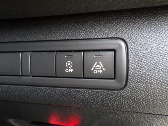 アイドリングストップのキャンセルスイッチもワンタッチで切替え可能です。