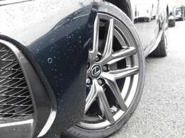 タイヤ4本新品・ガリ傷なし