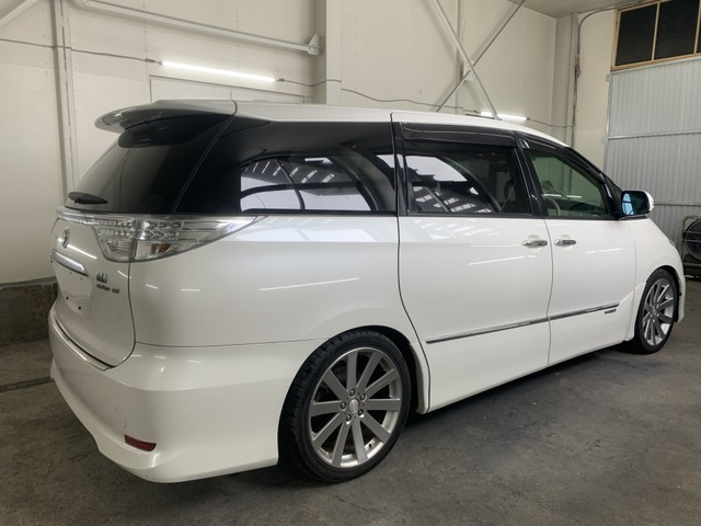 お車と一緒に新品タイヤ(ホイール付き)をご希望の方にはお得な価格にてご提供しております。常時在庫がありますので、いつでもご確認いただけます。