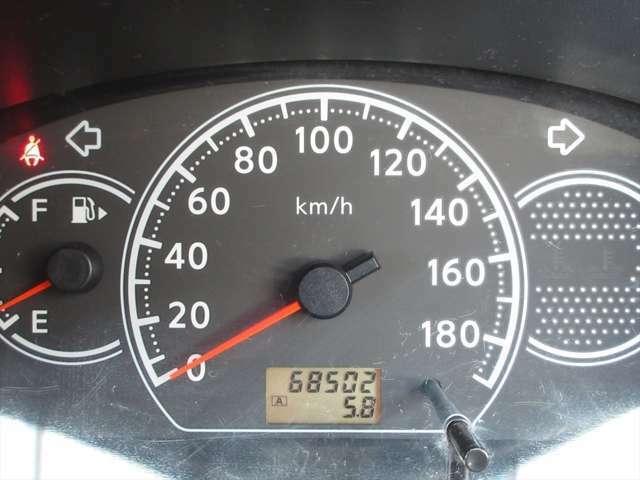 走行距離が6万キロ台ですので、まだまだお乗りいただけますよ!