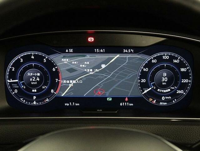 地図画面が映せる、フル液晶メーター「Active info Display」搭載