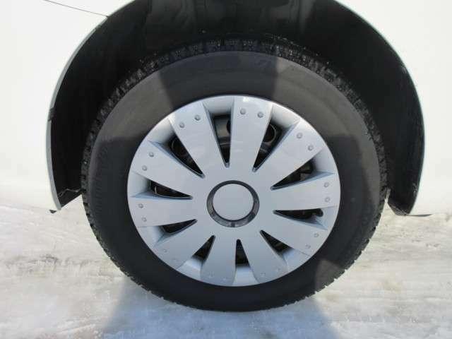 冬タイヤ付きです!もちろん冬タイヤもございます。