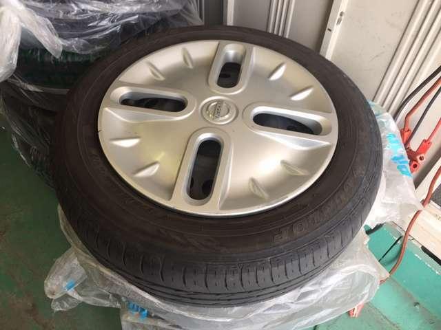 フルセグ・HID・スタッドレスタイヤ有り・オートエアコン!