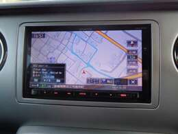 ケンウッド(MDV-Z700)4チューナー&4ダイバシティ方式地上デジタルTVチューナー内蔵DVD/USB/SD/BT AV ナビゲーションシステム付きです。