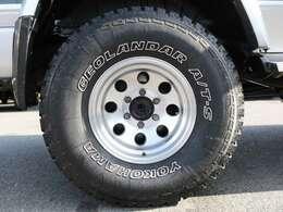 安定でカッコ良いスタイルの社外アルミ&タイヤの組み合わせです!