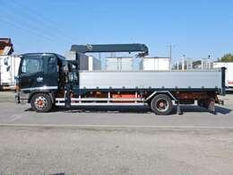 車両総重量10970kg 最大積載量4500kg
