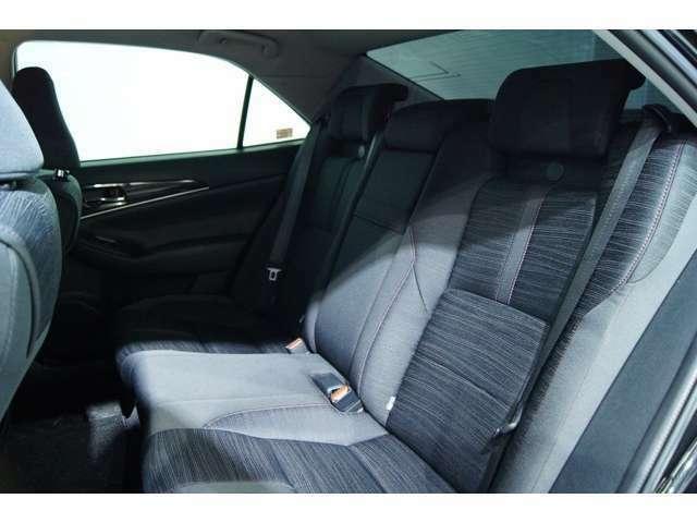 後部座席も非常にいいコンデッションとなっております!