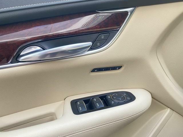 弊社正規輸入車取扱い車種:クライスラー・ジープ・BMW MINI プジョー シトロエン ランボルギーニ フェラーリ マセラッティ