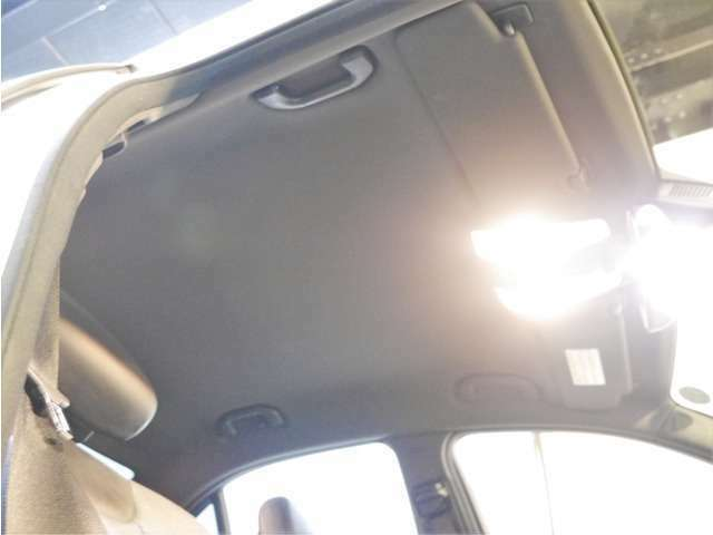 Aプラン画像:●天張りの状態いも非常に良く、輸入車に多い「垂れ」や「浮き」などもありません♪内外装ともに自信のある1台です♪