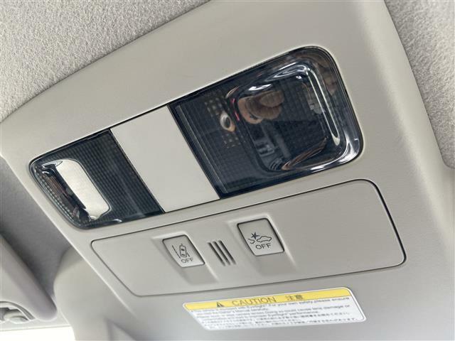 アイサイト装備付き。ロングドライブも安全快適に!!!