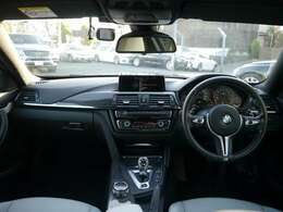 2014年 BMW M4 MDCT ドライブロジック ブラックサファイア Dアシスト HUD LEDヘッド BBS19AW パドルS カーボンファイバールーフ フルセグTV Bカメラ 2年保証