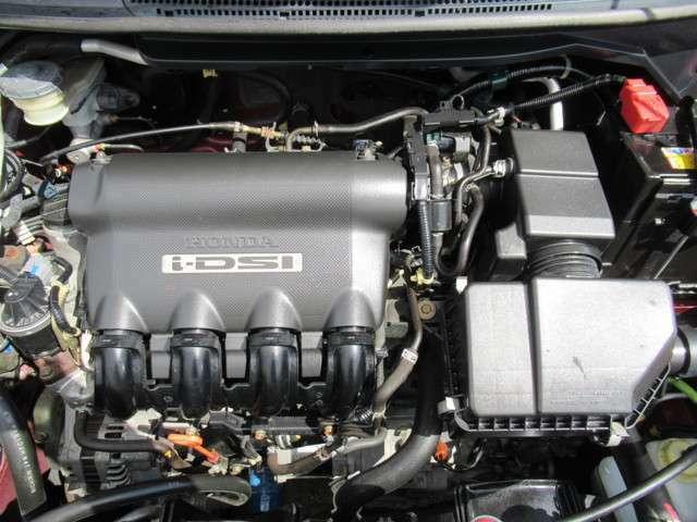 1.5L水冷直列4気筒SOHC8バルブエンジン!タイミングチェーン使用です!