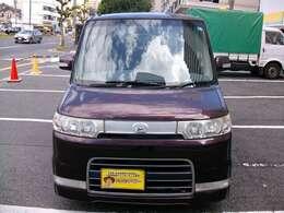 まだまだ綺麗な格安下取車!人気のタントカスタム!車検整備付きで安心の支払総額表示車です!