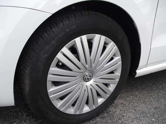 タイヤの山もまだまだ大丈夫です。ご心配な方はタイヤパックもお勧めです。