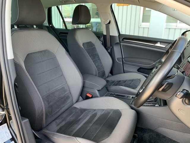 【運転席・助手席】フォルクスワーゲンは全車にサイドエアバッグを標準装備しております。