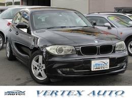 BMW 1シリーズ 120i ハイラインパッケージ /黒革/ナビ/Bカメ/ETC/Sキー